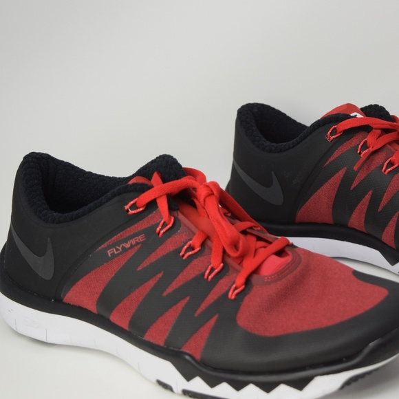 0a3a9394a760e Nike Men s Free Trainer 5.0 V6 Amp Shoe 723939-602